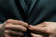 SEC Reverses Course, Awards $800,000 to Whistleblower