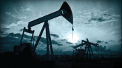 Commodities Head for Record Losing Run on Weak Oil and Strong Dollar