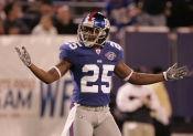 Former N.Y. Giants Player Charged With Ponzi Scheme